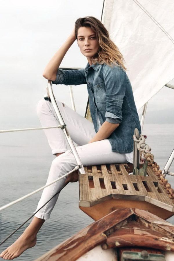 девушка на яхте фото