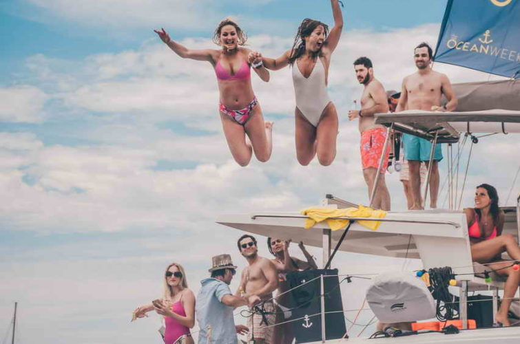 корпоративный тур на яхте фото