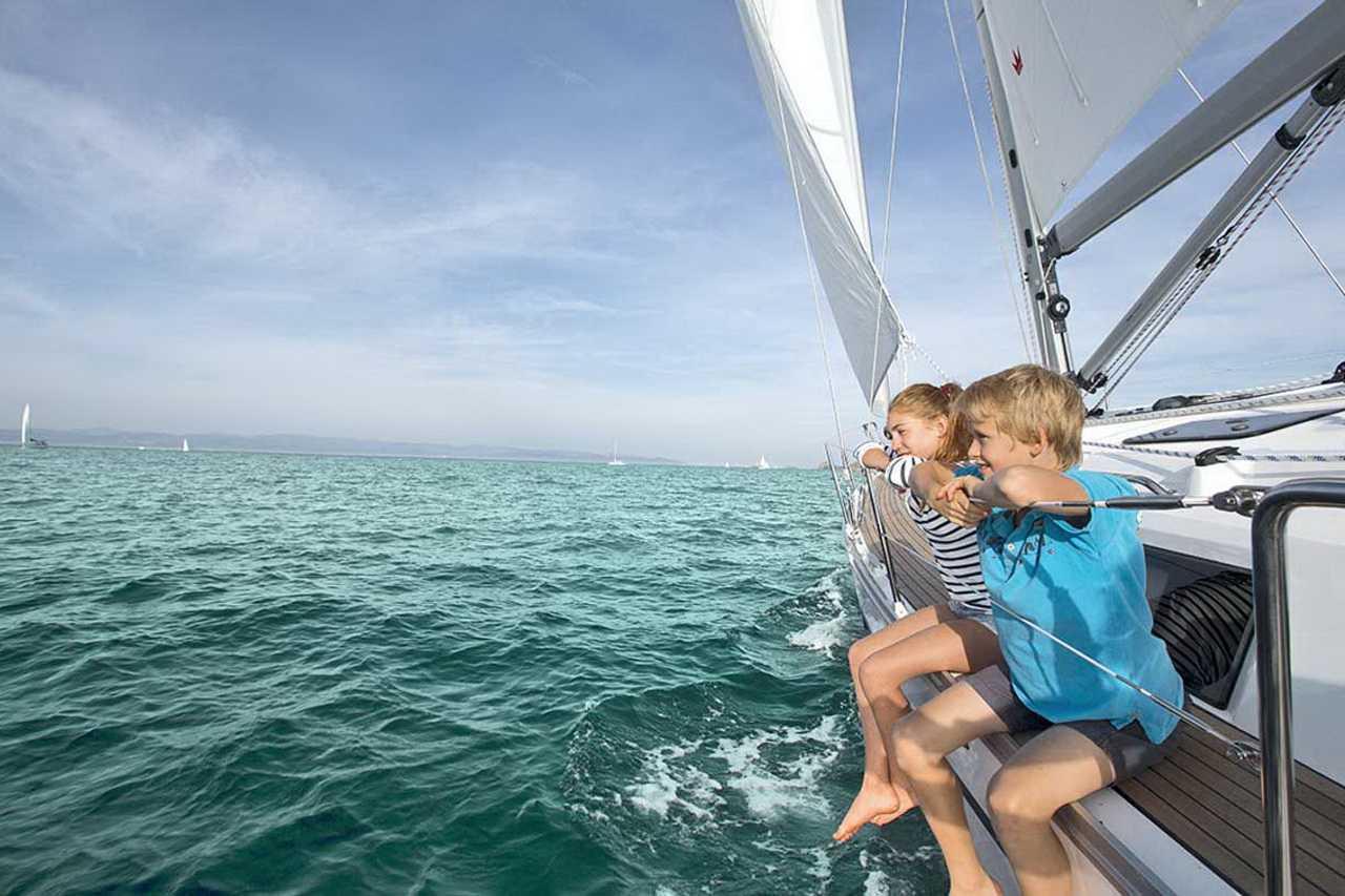 дети на яхте фото