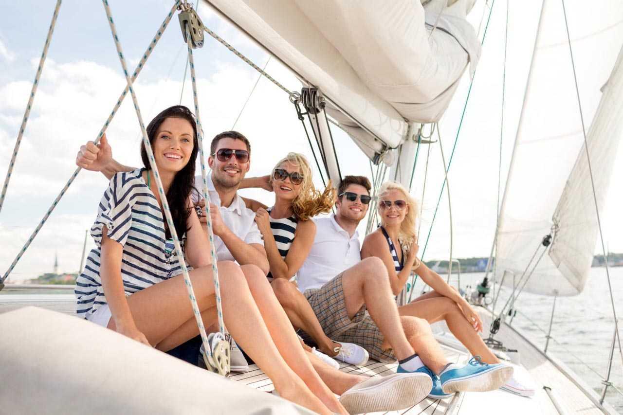 отдых группой на яхте